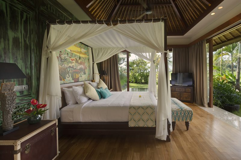 Kaba Kaba Estate Bedroom with TV, Tabanan | 8 Bedroom Villas Bali