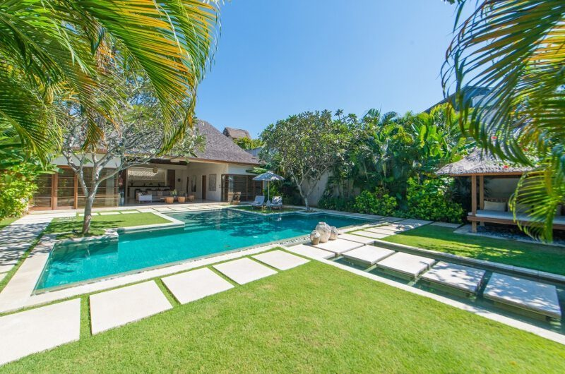 Nyaman Villas Tropical Garden and Pool, Seminyak | 8 Bedroom Villas Bali
