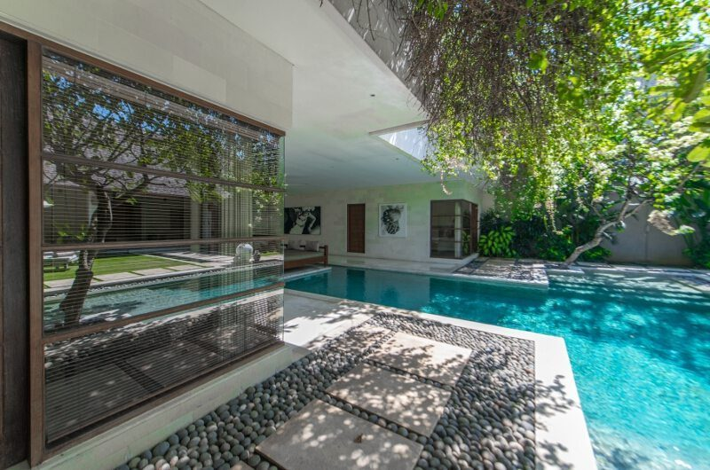Nyaman Villas Pool Side, Seminyak | 8 Bedroom Villas Bali