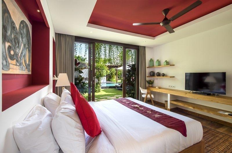 Villa Anam Bedroom with Garden View, Seminyak | 8 Bedroom Villas Bali