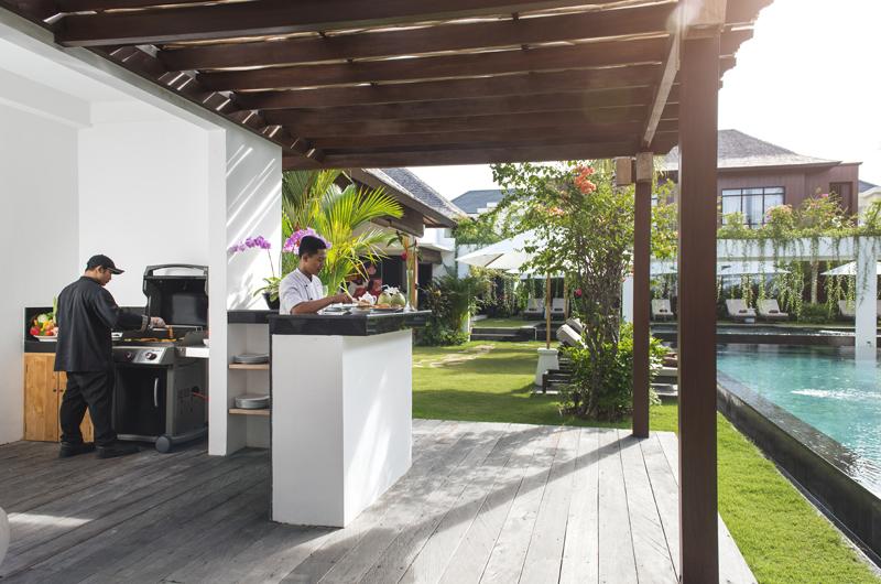 Villa Anam Pool Side Barbecue, Seminyak | 8 Bedroom Villas Bali