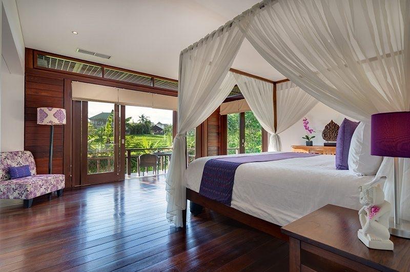 Bendega Villas Bedroom with Wooden Floor, Canggu | 8 Bedroom Villas Bali