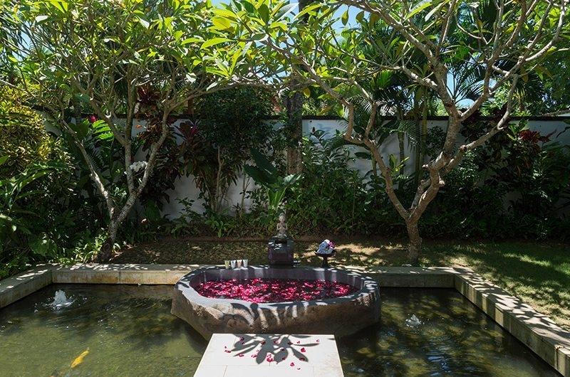 Bendega Villas Open Plan Romantic Bathtub Set Up, Canggu | 8 Bedroom Villas Bali