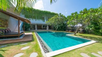 Villa Chocolat Pool Side, Seminyak | 8 Bedroom Villas Bali