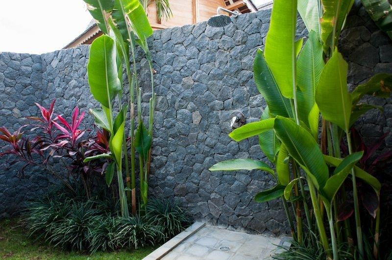 Jeeva Saba Estate Outdoor Shower, Kerobokan | 8 Bedroom Villas Bali